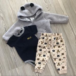 Buy3get1free ⭐️ 6-9 Month Outfit Bundle